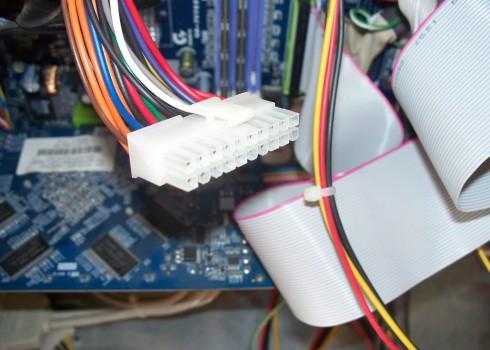 connecteur-atx-tester-bloc-alimentation-carte-mere