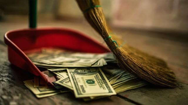 Arrêtons de jeter notre travail à la poubelle